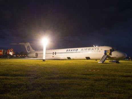 В день обыска в аэропорту совершил аварийную посадку самолет авиакомпании Bravo Airways