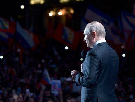 Путин пообещал продумать визовый режим для иностранных болельщиков
