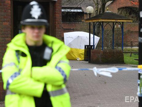 ПосольствоРФ озабочено поспешной кремацией жертвы инцидента вЭймсбери