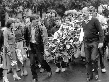 Картинки по запросу похороны владимира высоцкого фото