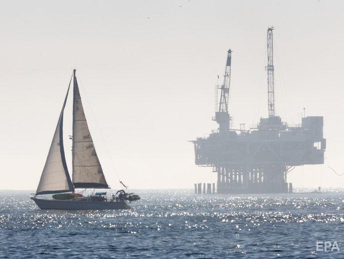 США вийшли на перше місце у світі з видобутку нафти