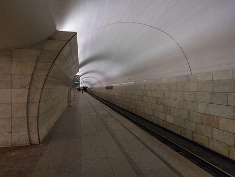 «Простоял около 20 мин.  втоннеле». Вминском метро сломался поезд
