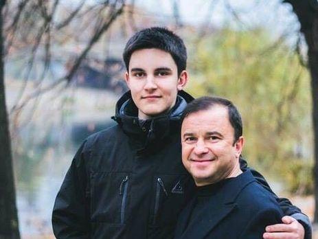 «Все это очень ужасно»: известный украинский солист просит посодействовать своему сыну