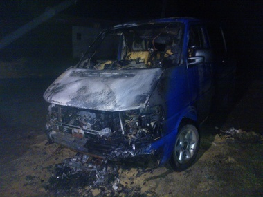 Уже пятая машина активистов горит в Харькове(фото)