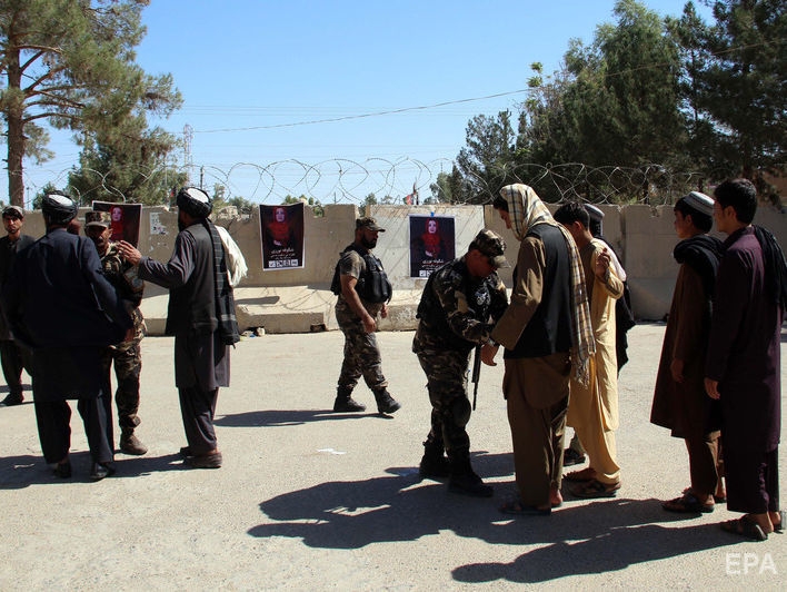 В результате взрыва в Афганистане погибло 22 человека