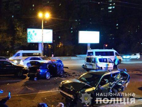 Водитель BMW госпитализирован в тяжелом состоянии