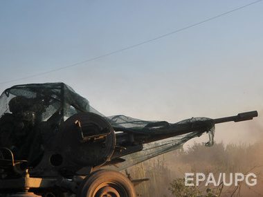 В Станице Луганской под обстрелом боевиков опять мирные люди