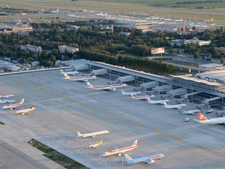 Решение о введении в Украине военного положения не повлияло на работу аэропорта Борисполь