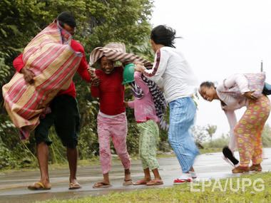 Население Филиппин эвакуируют