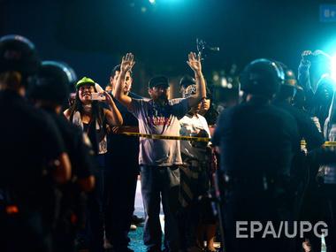 В Калифорнии ужесточились столкновения протестантов с полицией