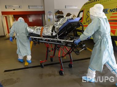 В Западной Африке от вируса Эбола умерли 6583 человека, еще 18188 были инфицированы лихорадкой