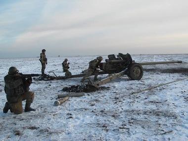 Под Мариуполем идут военные учения сил АТО