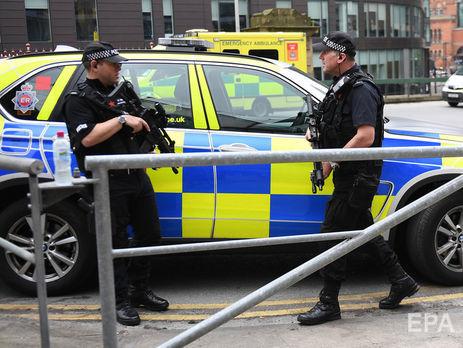 Милиция  Манчестера расследует нападение сножом настанции «Виктория» как теракт