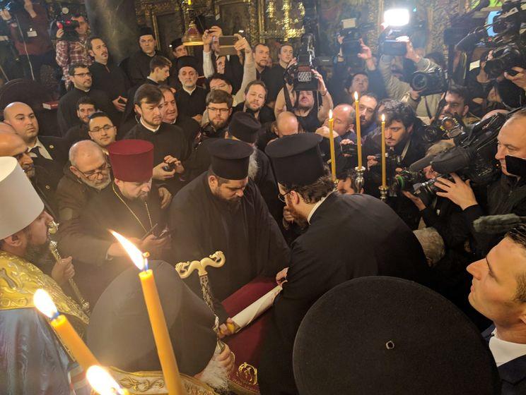Варфоломей подписал томос для единой Православной церкви Украины