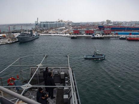 О том, что USS Fort McHenry направился в Черное море, стало известно 6 января