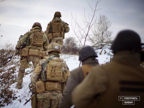 Украинские военные отвечали на обстрелы боевиков