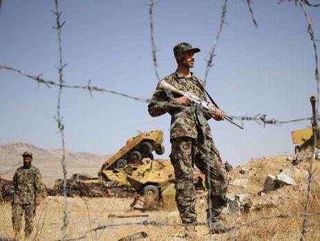 Атаку на военную базу совершили боевики движения Талибан