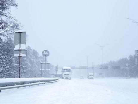 Из-за непогоды в Киеве временно ограничат въезд грузовиков - КГГА