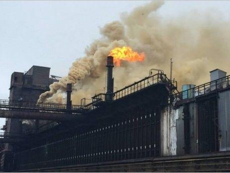 В ночь на 29 января на территории Днепровского коксохимического завода произошел взрыв газовоздушной смеси с последующим горением битума