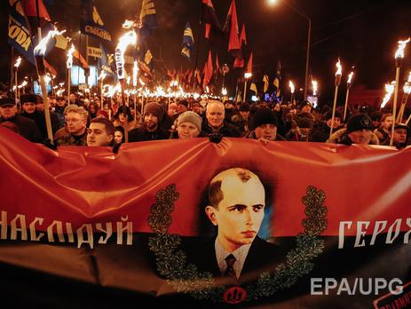 Солонин и Собченко: Е<span>диницы процентов, даже в западных областях – вот и весь потенциал поддержки тех партий и политиков, которые хоть в какой-то мере ассоциируют себя с бандеровщиной</span>