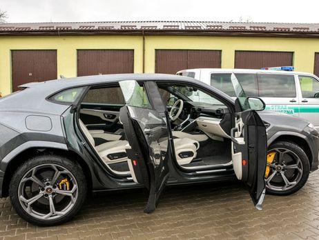 Украинец пытался ввезти встрану Lamborghini за10 млн, его задержали поляки