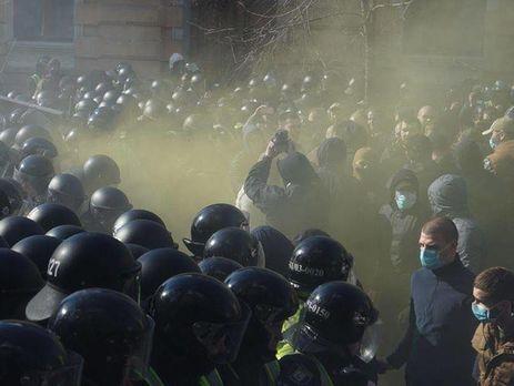 Под АП начались столкновения