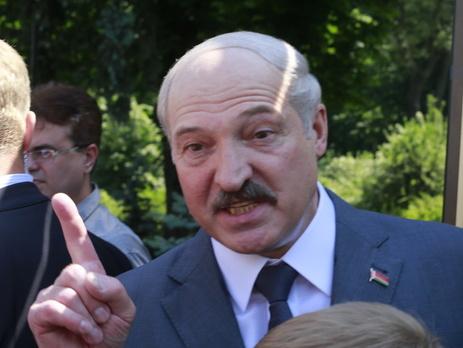 Лукашенко: Беларусь потеряла из-за кризиса вРФ три млрд. долларов