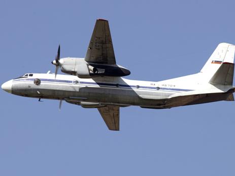В Эстонии говорят что российский Ан-26 около минуты летал над ее территорией