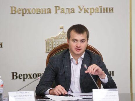 Березенко (на фото): Единственно правильная стратегия для кандидата в президенты Зеленского это любыми средствами не допустить дебатов с Порошенко