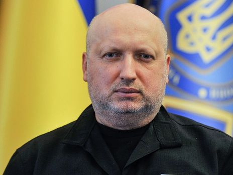 Секретарем РНБО України Турчинов почав працювати з 15 січня 2015 року, після складання депутатського мандата, заявили у відомстві