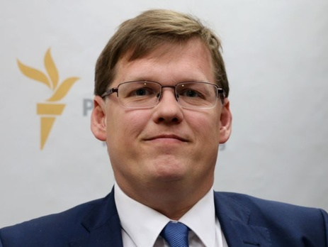 Розенко заявил, что работодатели нарушают права граждан, пользуясь войной на Донбассе
