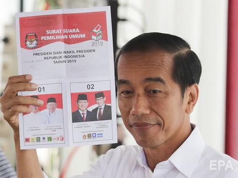 В Индонезии объявили победителем выборов действующего президента