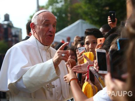 Франциск призвал мировых лидеров обеспечить своих сограждан минимальными средствами