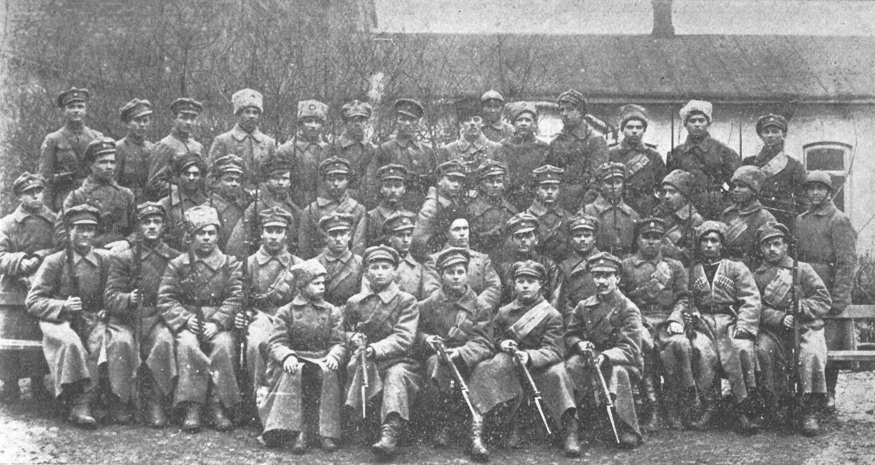 Сотня Сечевых Стрельцов, которые охраняли правительство Украины в 1918 году