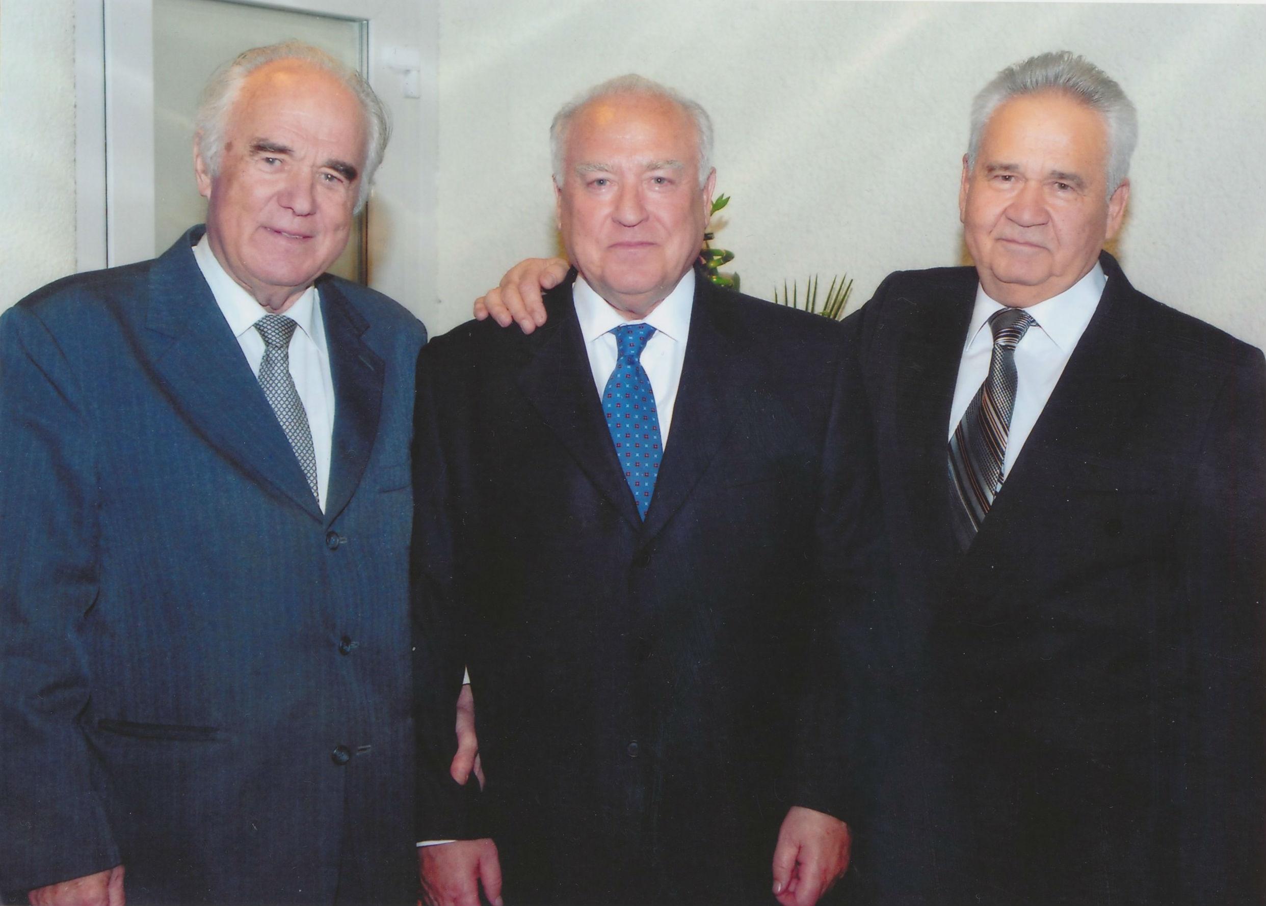 Виталий Масал, Виктор Черномырдин и Витольд Фокин. Фото из личного архива Витольда Фокина