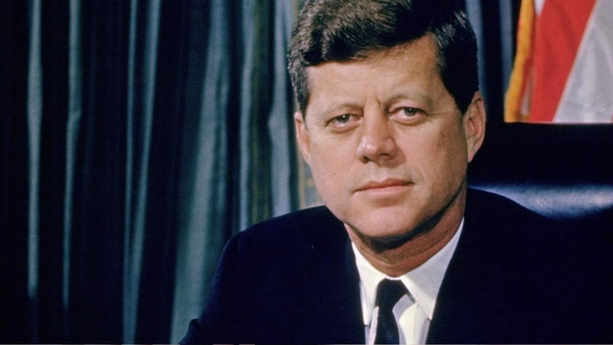 Фото: biography.com