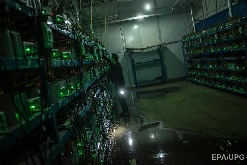 Что такое биткоин, чем занимаются майнеры и законно ли это в Украине?
