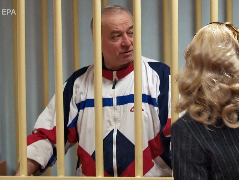 Скрипаль в Московском окружном военном суде в 2006 году. Фото: ЕРА