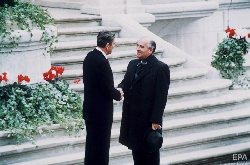 Первая встреча Горбачева с Рейганом, Женева, 21 ноября 1985 года. Фото: ЕРА