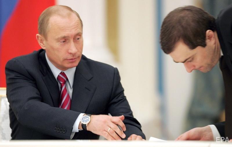Путин и Сурков в 2007 году. Фото: ЕРА