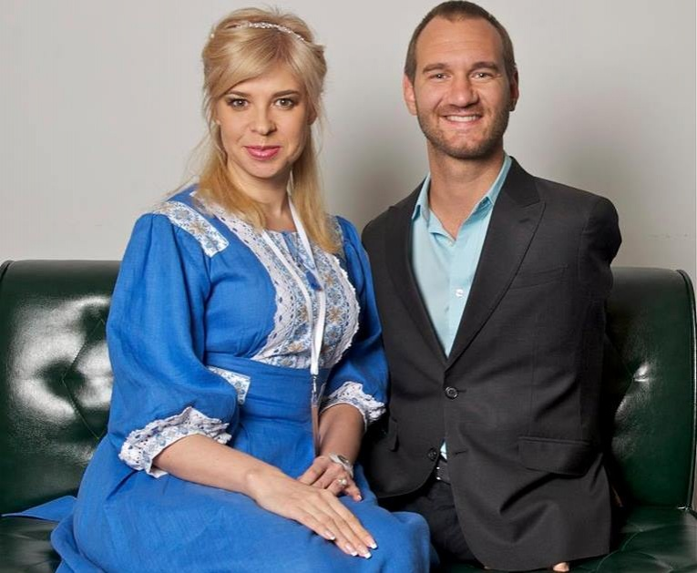 Ольга Редзюк с Ником Вуйчичем. Фото: Ольга Редзюк / Facebook