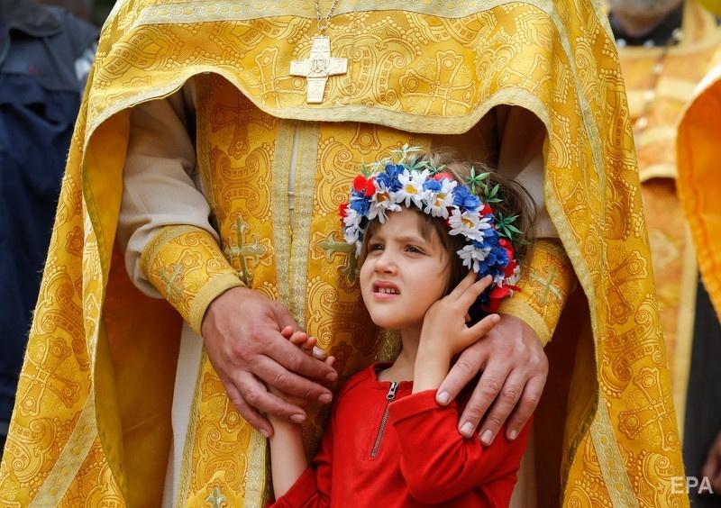 В Украине также больший процент населения относит себя к православным – 78% Фото: EPA