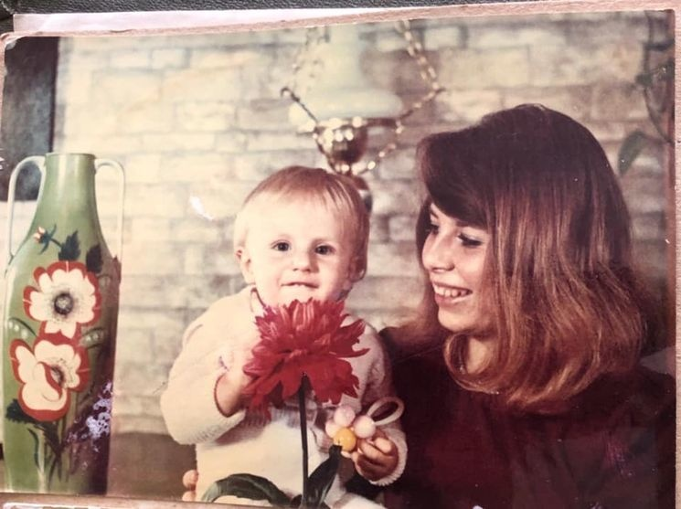 Алексей Гончаренко с мамой Мариной. Фото: Олексій Гончаренко / Facebook