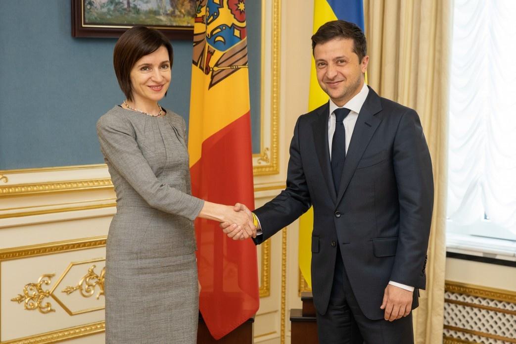 Санду и Зеленский встречались в июле 2019 года. Фото: president.gov.ua