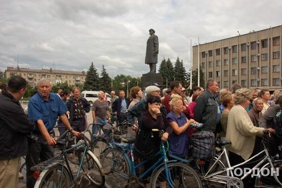 На центральной площади Славянска. 10 июля 2014 года Фото: Анна Гин / Gordonua.com