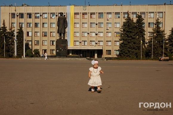Центральная площадь Славянска.