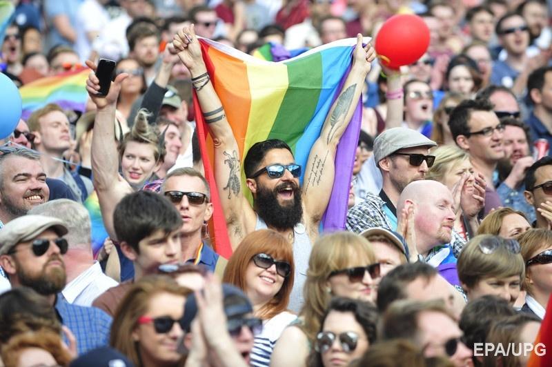Гомосексуализм в индии разрешен