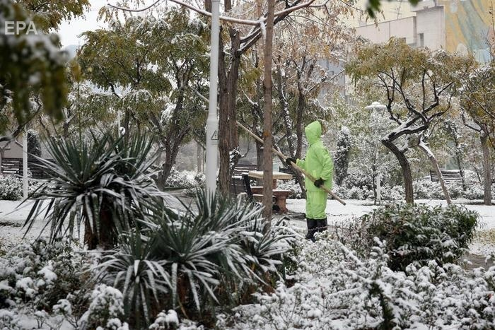 Первый снег в Тегеране выпал 16 января. Фото: ЕРА