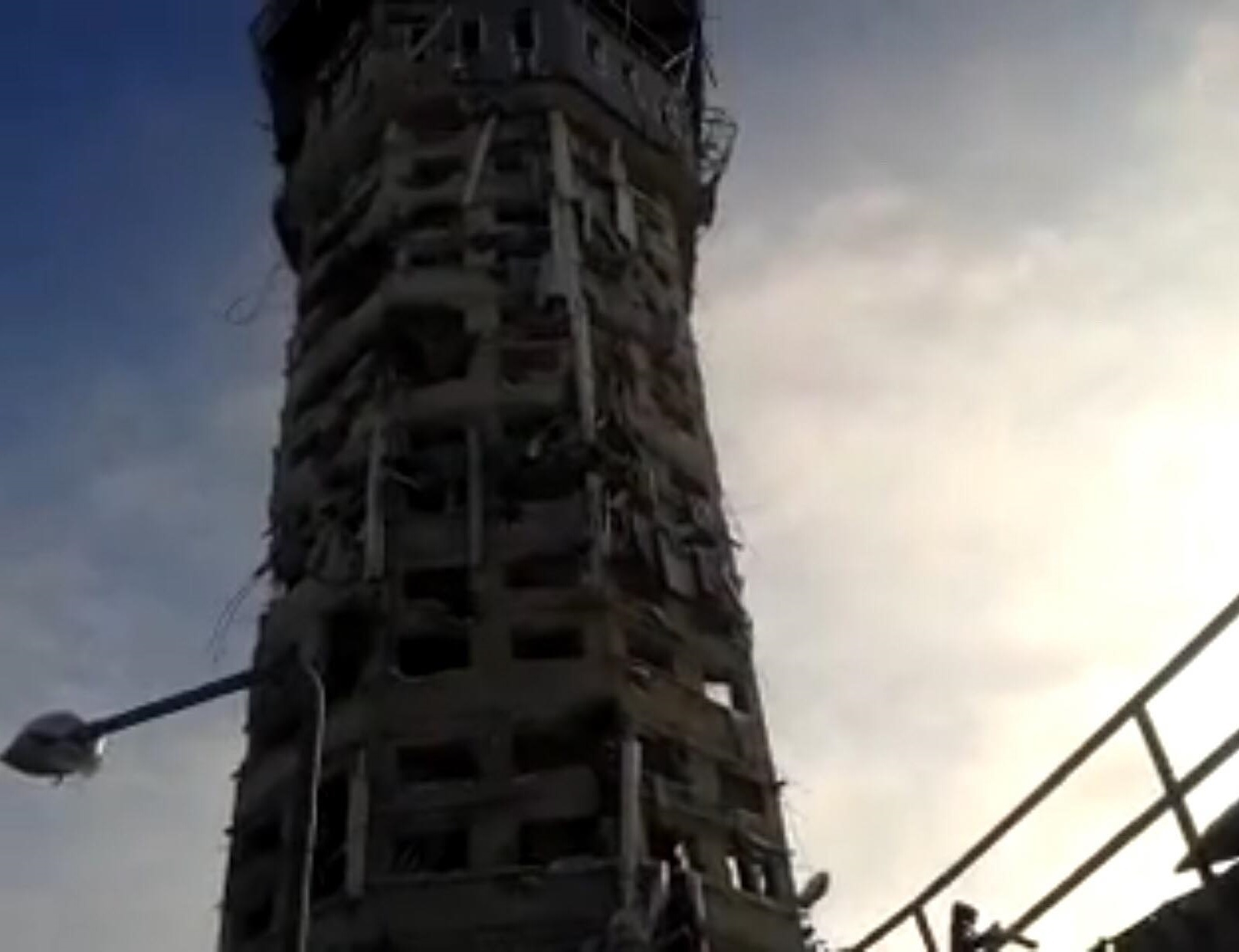 Миньо: Башня ДАП имела стратегическое значение: в светлое время суток был обзор местности на 5-6 км вокруг, мы могли передавать нашим войскам сведения о перемещении боевиков. Фото из архива Николая Миньо