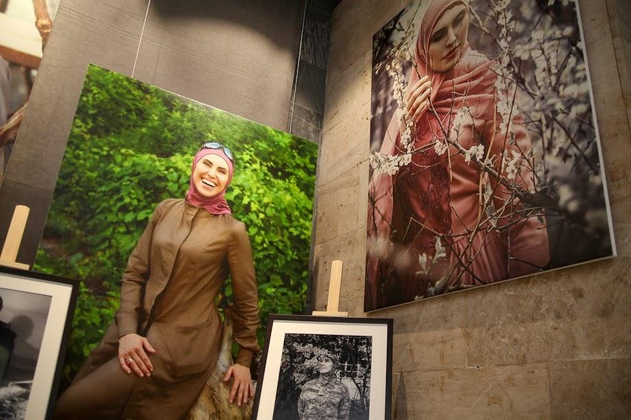 """Выставка """"Амина: Життя"""" в Днепре. Фото: adm.dp.gov.ua"""